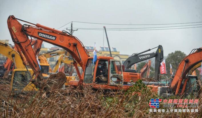 """武汉版""""小汤山医院""""开建预计6天建成"""