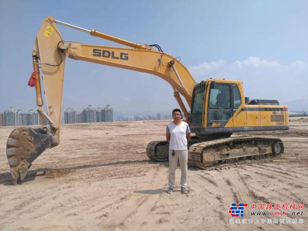 王祖川:综合考虑性价比,我选临工挖掘机