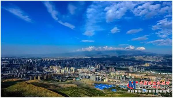 2019开门红!价值超1亿徐工起重机,助力新疆大发展