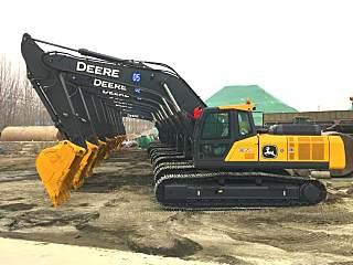 强鹿出征!十台迪尔E360LC挖掘机浩浩荡荡奔赴客户工地