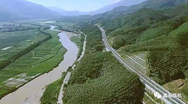 热烈庆祝!鑫海路机助力云南耿马第一段高速公路正式通车
