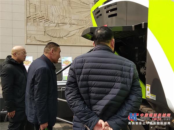 喜迎开门红!中联路机4.0产品推介暨2019年订货会引爆中原大地