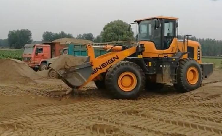 英轩重工沙场工况视频