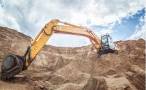 """基建""""晴雨表""""向好!挖掘机销量连续18个月超万台"""