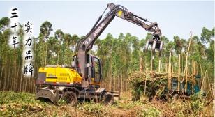 宝鼎:可旋转抓木机车型成木材装卸行业新版救星