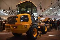 为未来充电!沃尔沃全新纯电小型挖掘机和轮式装载机隆重亮相