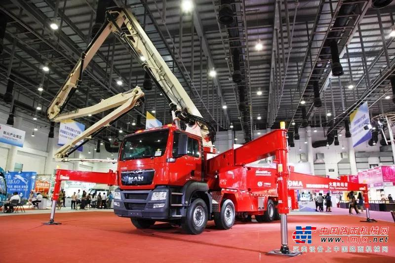 征服极限工况 再续经典品质 | 一批厦工高端装载机正式交付中国极地研究中心