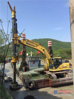 泰信挖机改制旋挖KR50,水上多功能灵活施工展风采