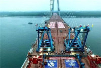 玛连尼MAC360为石首长江大桥提供桥面铺装混合料