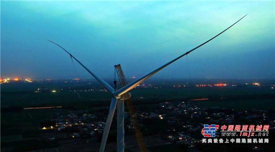 再创世界纪录!徐工XCA1600成功完成全球最高140米陆上风电安装