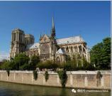 重建巴黎圣母院,马尼托瓦克郑重承诺