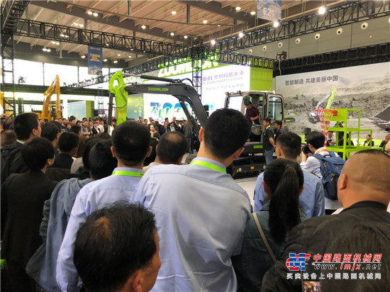 中联重科4.0智能精品亮相2019长沙展 首日15亿元订单诠释机械湘军魅力