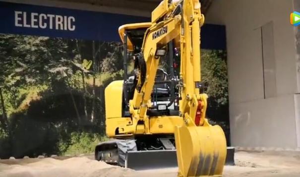 德国2019宝马展小松发布电动小挖