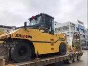 交机 | 山推SR26T-3型轮胎压路机交付客户