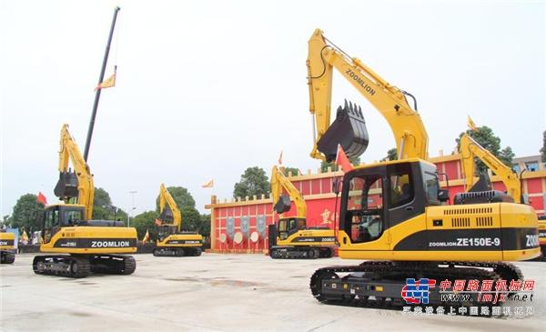 中联重科副总裁 土方机械公司总经理付玲:全新品质深耕挖掘机市场