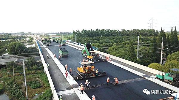 陕建机股份T8620B助力上海青浦复兴路新建工程