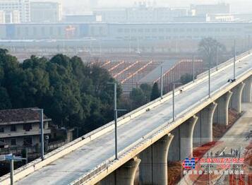 目标8000亿 下半年铁路投资将明显加快