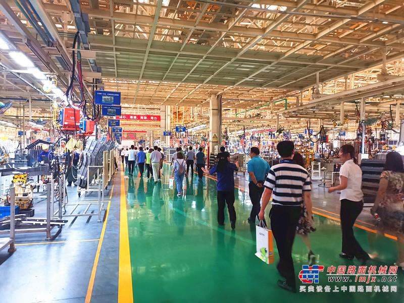 2019机电商会工程农业机械分会工作年会在徐州隆重举行