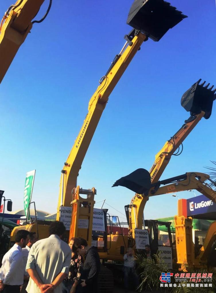 柳工产品震撼亮相巴西南里奥格兰德州EXPOINTER农业及工程展
