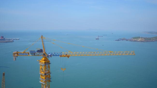 世界最長公鐵兩用跨海大橋合龍貫通,中聯重科塔機深度參建獲世界矚目
