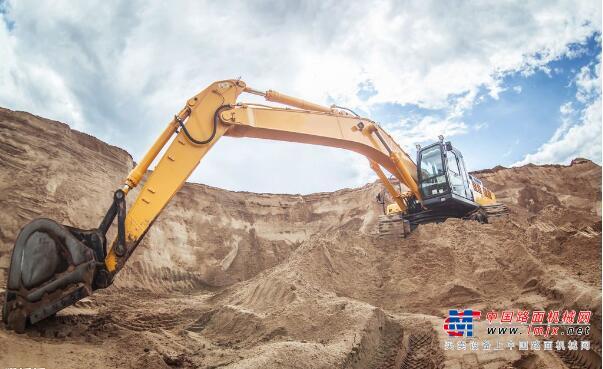 挖掘机指数折射投资新动向 透视前三季度投资形势