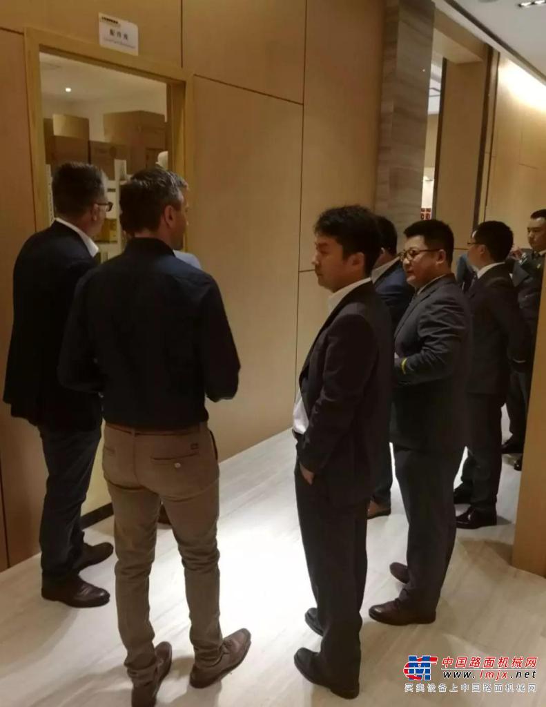 利勃海尔集团领导到重庆盛世掘金公司检查指导工作
