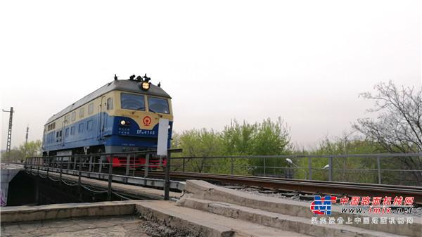年底12条铁路集中开通 交通基建加速补短板