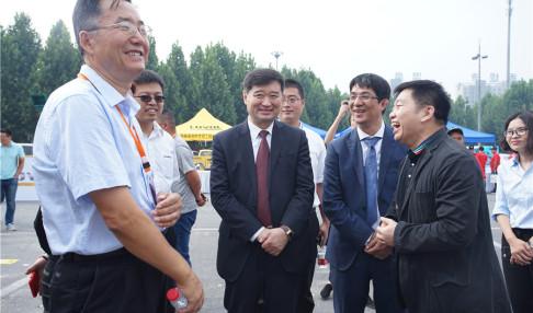2018微挖大会领导嘉宾巡展