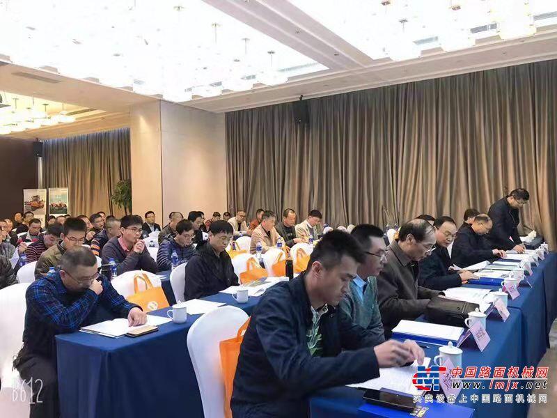新技术与新工艺的盛宴!福建省公路学会2019年公路养护技术研讨会成功举办