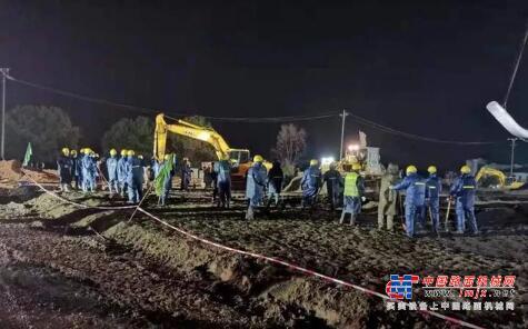 直击武汉火神山医院施工现场 近300台工程机械鏖战正酣