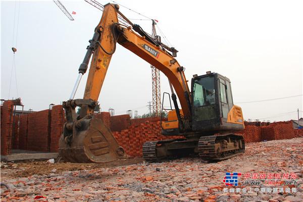 2020年1月共销售各类挖掘机9942台,同比下降15.4%