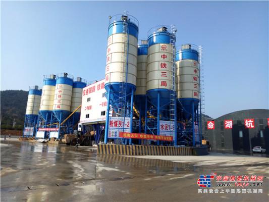 山推建友产品助力湖杭高铁项目建设