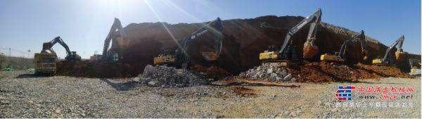 约翰迪尔挖掘机助力矿山企业复工复产