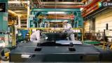 走进日本小松工厂,看亚搏直播平台app生产组装全过程