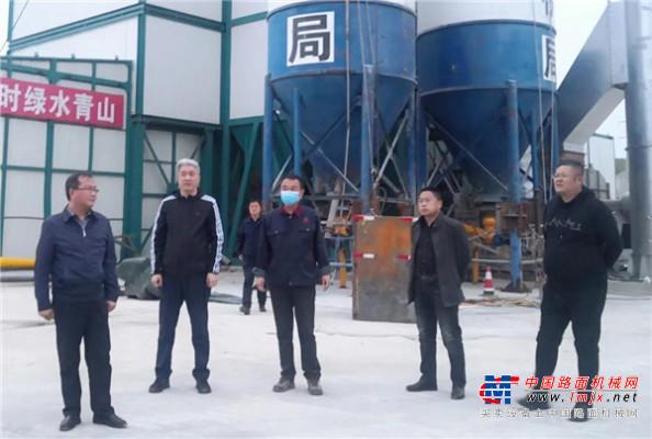 亞龍筑機助力黑龍江打造首個綠色環保瀝青混凝土拌合站!