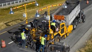 沃尔沃将为北美地区7000系列摊铺机提供