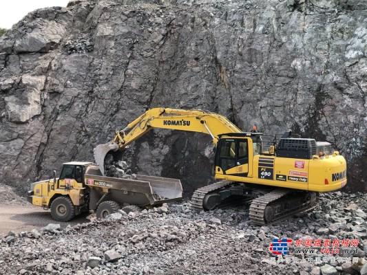 小松PC490LC-11E0液压挖掘机获奥地利客户赞赏
