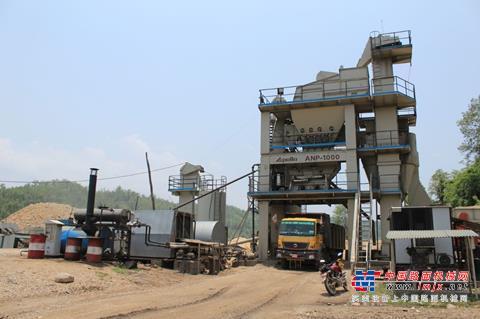 安迈沥青搅拌设备为尼泊尔道路工程建设保驾护航
