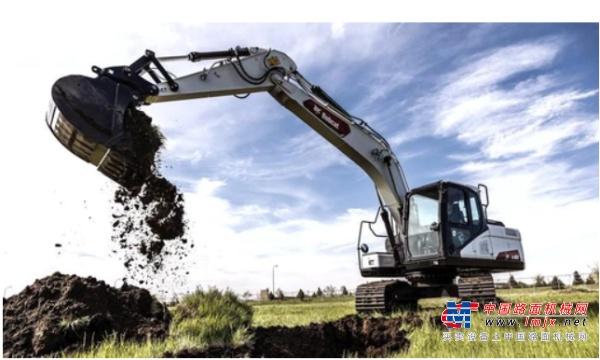 【海外新品】山猫推出新型E165大型挖掘机
