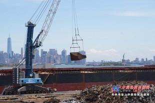 利勃海尔起重机为纽约港提供灵活驳船解决方案