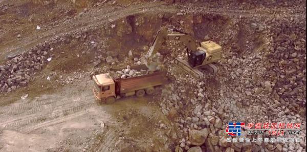 独家客户故事 | 新一代CAT®(卡特)349,16年矿山施工团队的专业选择!