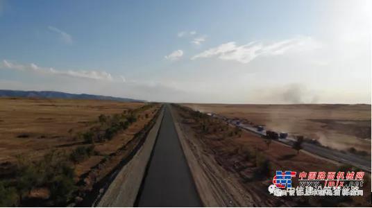 祝贺!中信建设哈萨克斯坦TKU公路项目沥青摊铺总长突破100公里