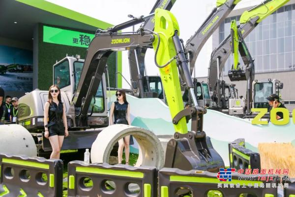 中联重科土方机械发展正劲 定增加持智能制造前景可期