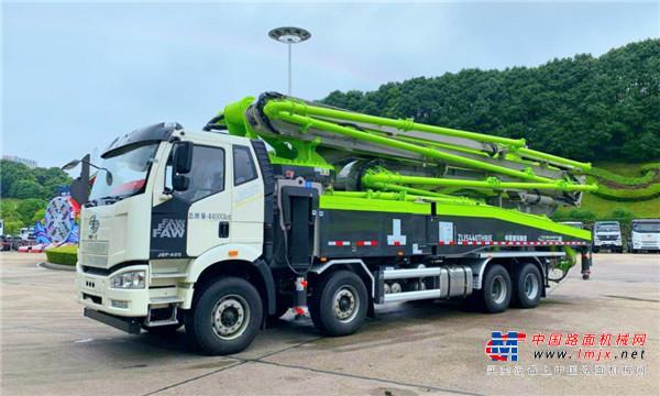 三年质保、不限里程,中联重科解放底盘泵车尊享服务再升级!