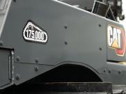 卡特彼勒实现17.5万台中高驱动推土机的生产里程碑