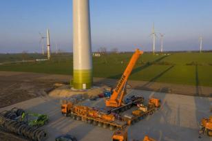 利勃海尔:直接从吊车工厂前往风电现场