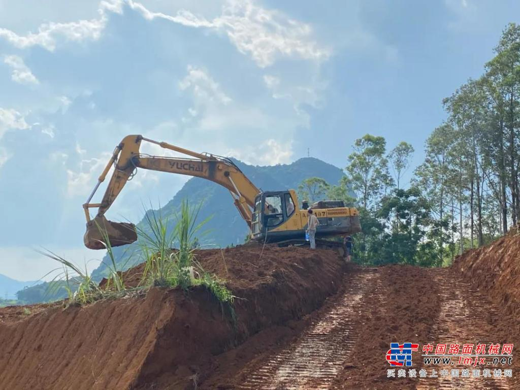 感恩之旅(二)拥有17台玉柴挖机的赵老板说:没有理由不选择玉柴!