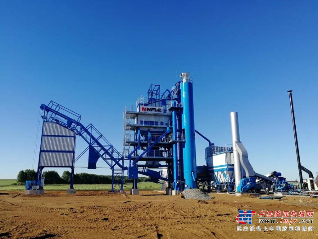 助力城市建设 南方路机LB2000沥青混合料搅拌设备应用于俄罗斯