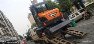 提机报告:拓展业务范围 喜提斗山DX60W轮式挖掘机