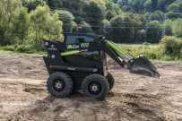 Kovaco电气公司推出首台电动滑移装载机在英国上市